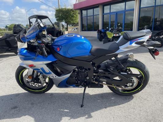 2021 Suzuki GSX-R750 whatsapp (+971543681884)