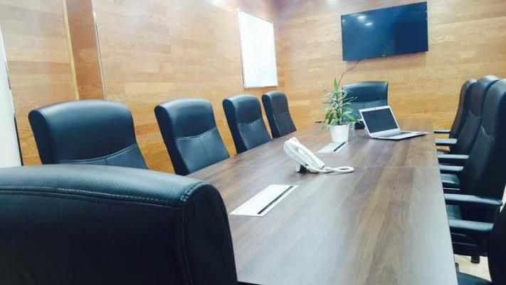 AED 25000 to 55000. Serviced and Furnished Offices,Musalla Towers,Al-Fahidi Metro,No Commission