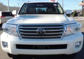 TOYOTA LAND CRUISER 2014 WITH FULL SERVICE