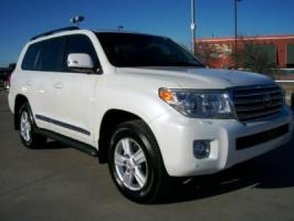 2013 USED TOYOTA LAND CRUISER GXR.