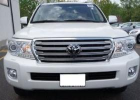 TOYOTA LAND CRUISER 2013 - IMMEDIATE SALE