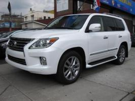 Used Lexus lx570 2013 still clean.