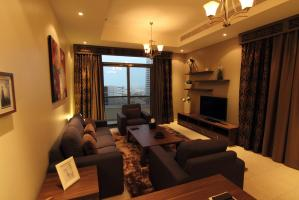 Fully Furnished, Spacious & Luxurious 2 Bedroom Apartment 130,000 AED per year up to 12 payments