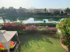 Priced to sell immediately springs main lake 3 beds + maid villa